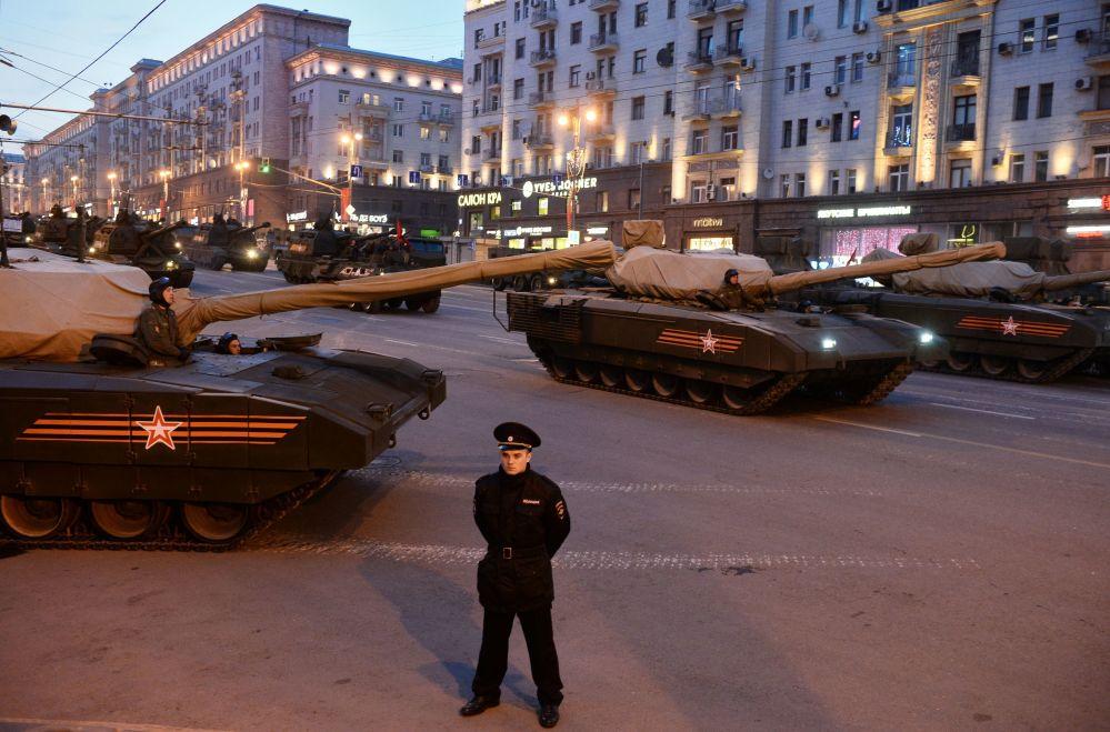 """""""ارماتا"""" جدید ترین تانک روسی"""