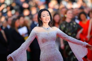 هنرپیشه گونگ لی در مراسم افتتاحیه جشنواره سینمایی کان.